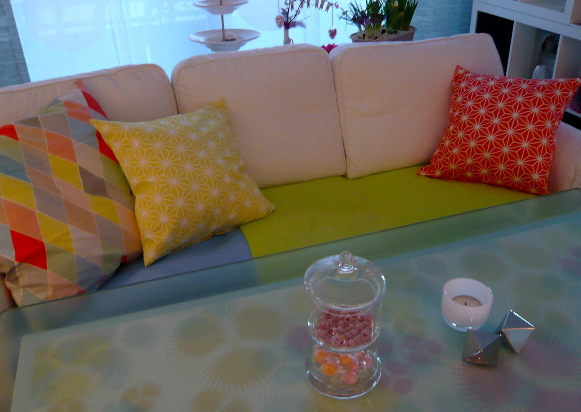 tapete wellt sich elegant tapete wellt sich with tapete wellt sich cool schimmel an der tapete. Black Bedroom Furniture Sets. Home Design Ideas