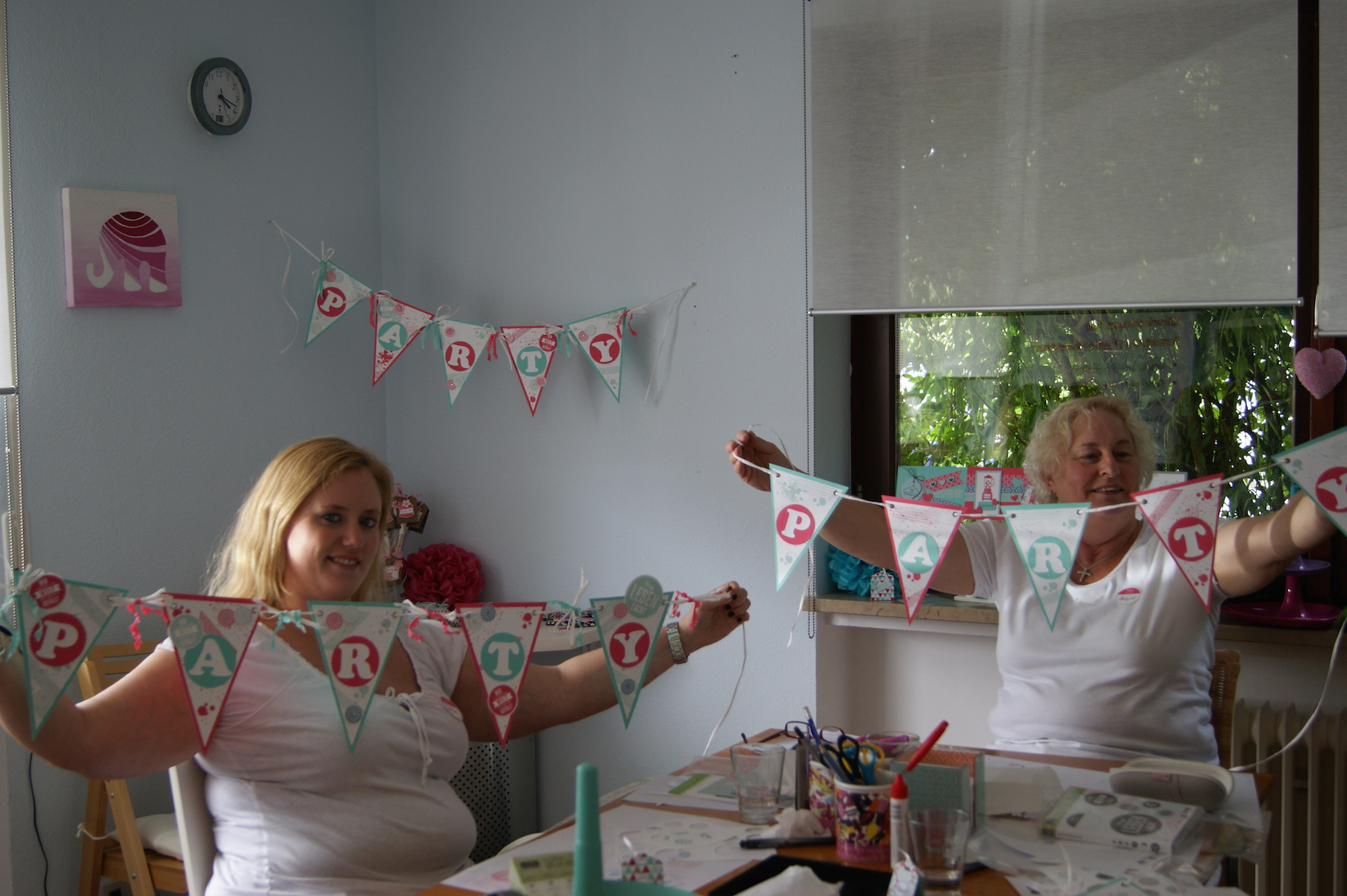 It´s my Party Denise und Marget - mit Girlanden