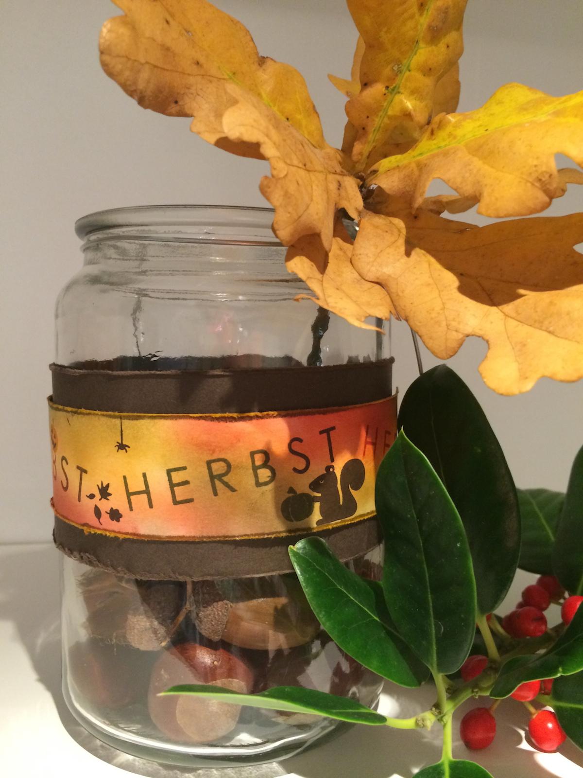 herbst dekoration im glas 1 fraupfiffig. Black Bedroom Furniture Sets. Home Design Ideas